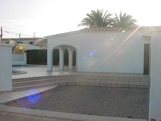 villa de 3 chambres louer piscine empuriabrava pr s
