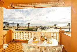 Apartment to rent  with marvellous sea view Empuriabrava