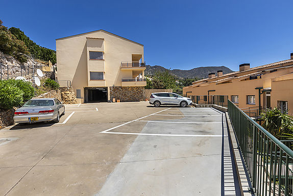 Apartment in Palau Saverdera