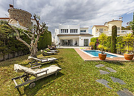 Empuriabrava, Nice and cozy house with a very Mediterranean style