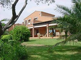 Magnificent house wiht extensive grounds and pool in Perelada with many extras, costa brava