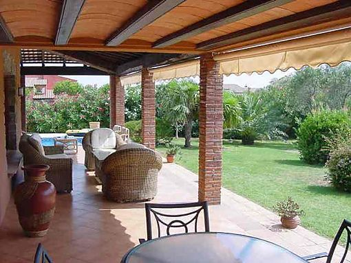 Peralada, luxurious house for sale with pool and garden