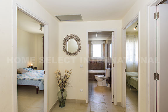 Nice apartment with views of the Empuriabrava canal