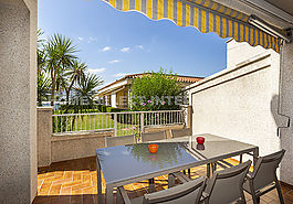 Apartment for rent in Empuriabrava with 2 bedrooms