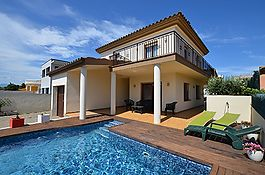Attractive house in the area of Mas Nou, Empuriabrava