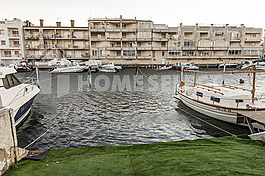 House with mooring in Empuriabrava