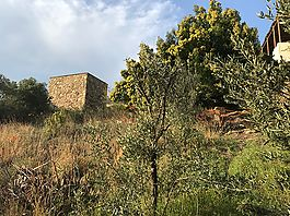 Building land for sale in Palau-Saverdera